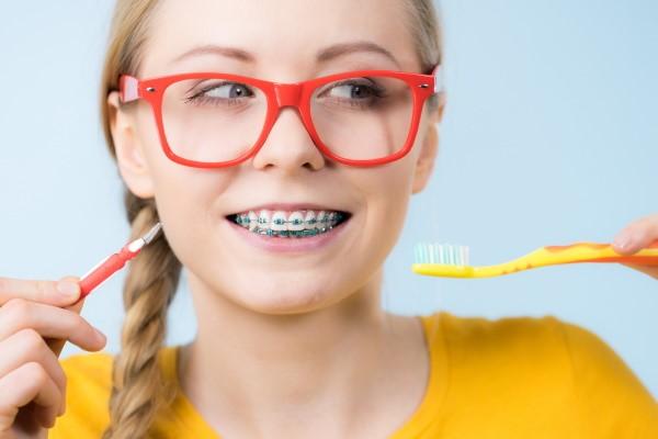 بوی بد دهان در طول درمان ارتودنسی